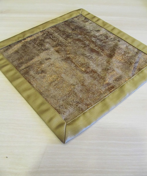 Bronze,brown table cloth