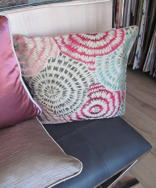Golden,pink cushions